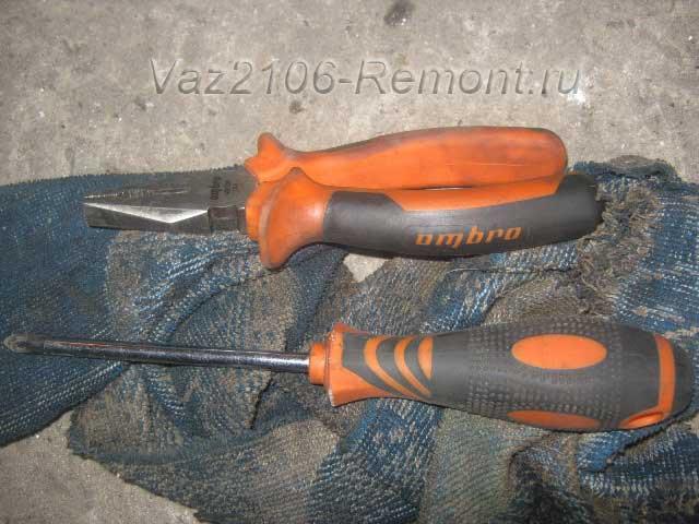инструмент для замены лампочек на ВАЗ 2106