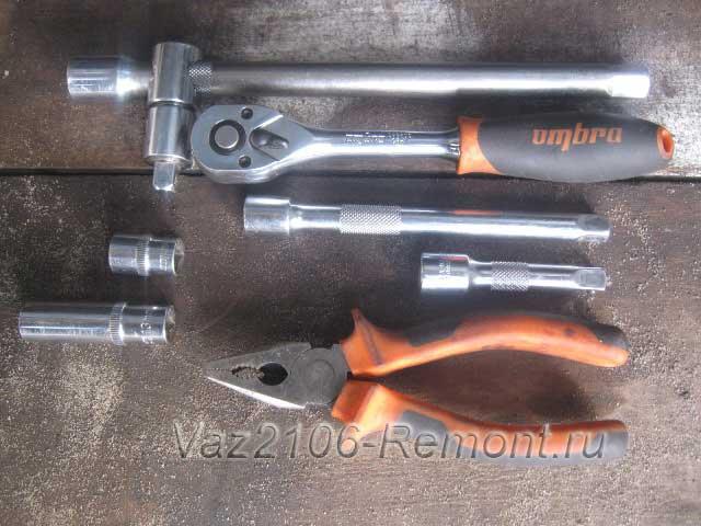 инструмент для снятия впускного коллектора на ВАЗ 2106