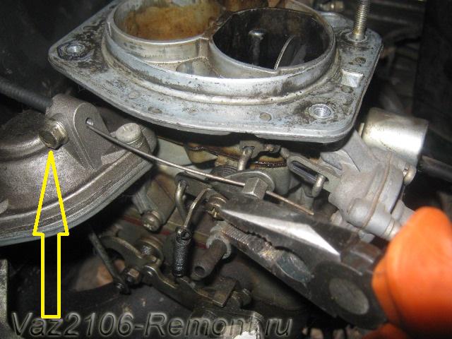 снятие тросика подсоса на ВАЗ 2106