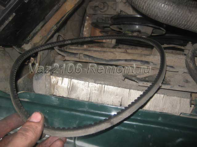 ремень генератора на ВАЗ 2106
