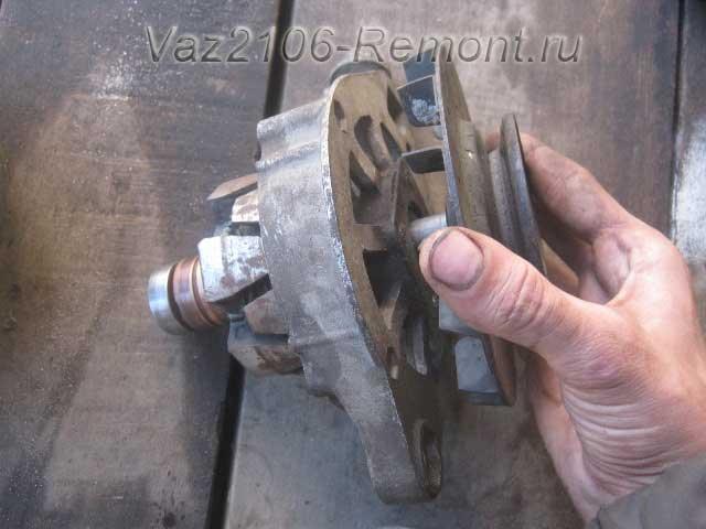 снятие шкива с генератора на ВАЗ 2106