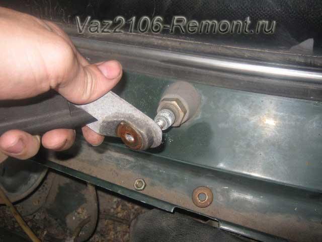 как снять дворники на ВАЗ 2106