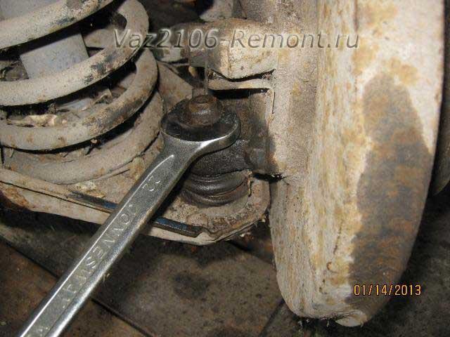 замена нижней шаровой опоры на ВАЗ 2106