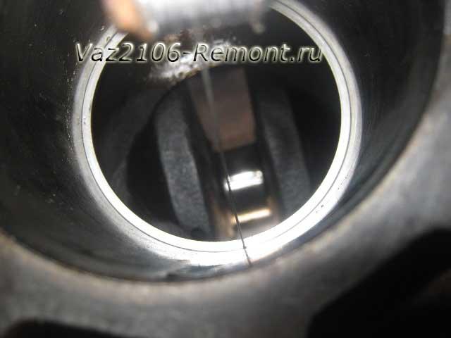 измерение зазора поршневых колец на ВАЗ 2106