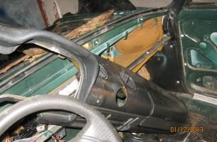 снятие панели приборов на ВАЗ 2106