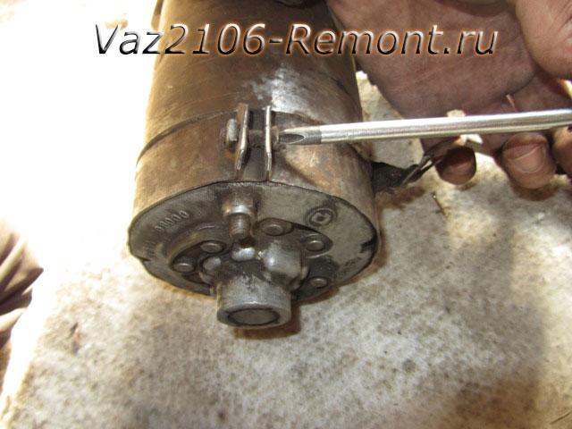 как получить доступ к щеткам на стартере ВАЗ 2101-2106
