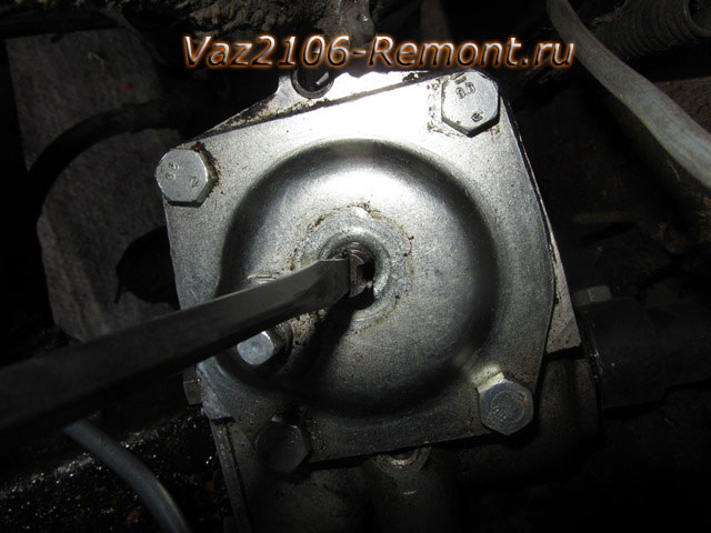как подтянуть рулевую колонку на ВАЗ 2106