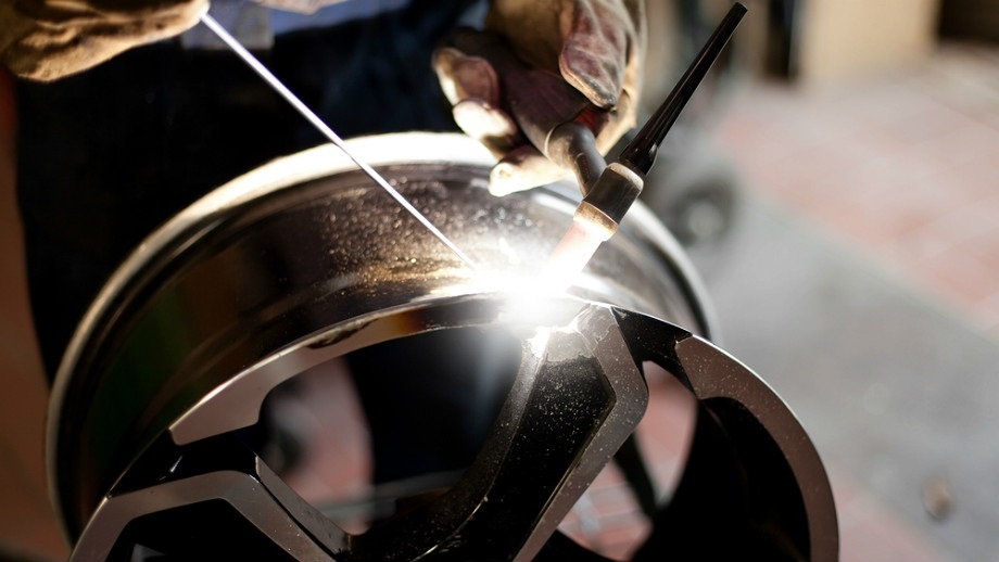 ремонт алюминиевых дисков