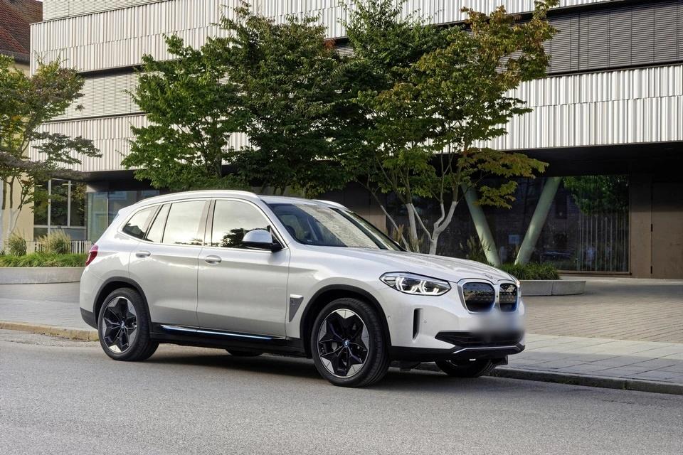 Модели BMW iX3 2021