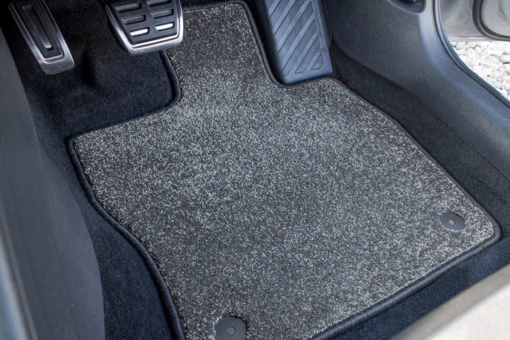 купить коврики в машину