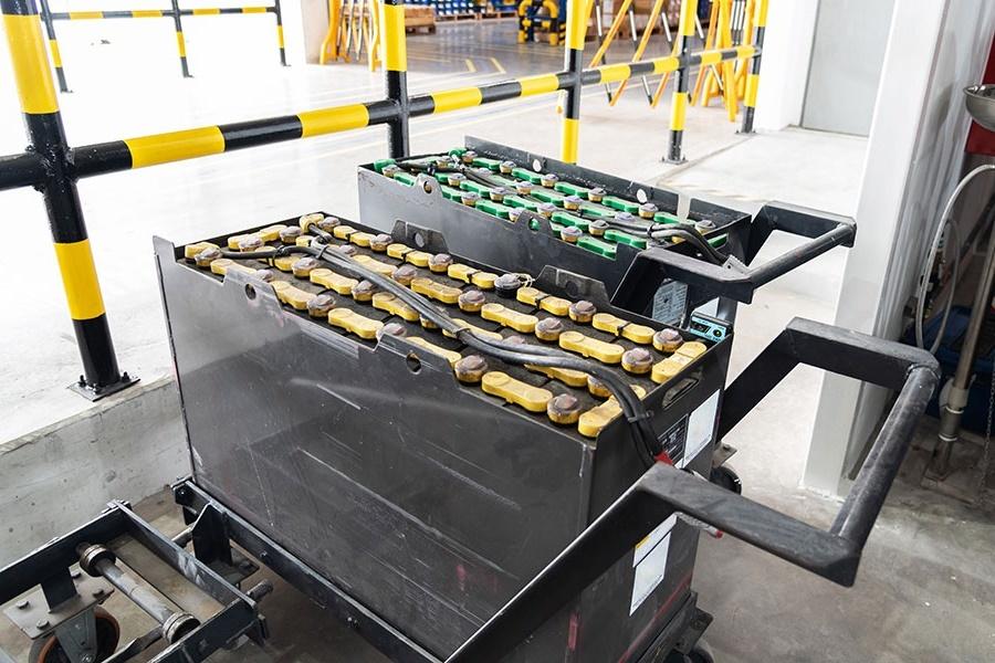 Тяговые аккумуляторы 24 вольта 3pzs 240 для штабелера