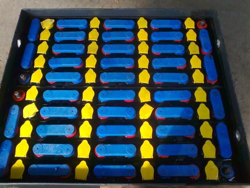 тяговые аккумуляторы для складской техники